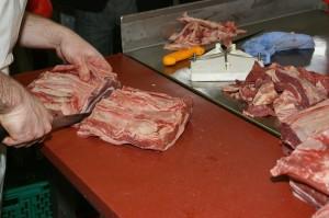 schweine und rinderbraten zusammen braten