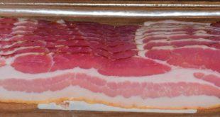 Schweinebauch räuchern fertig serviert